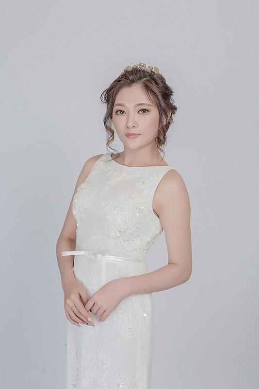 嘉義新秘婚紗創作 | 白紗造型 典雅韓風造型 模特兒:金妖嬌