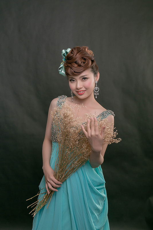 嘉義新秘婚紗創作 | 婚紗造型 摩登龐克 模特兒:曾詩庭