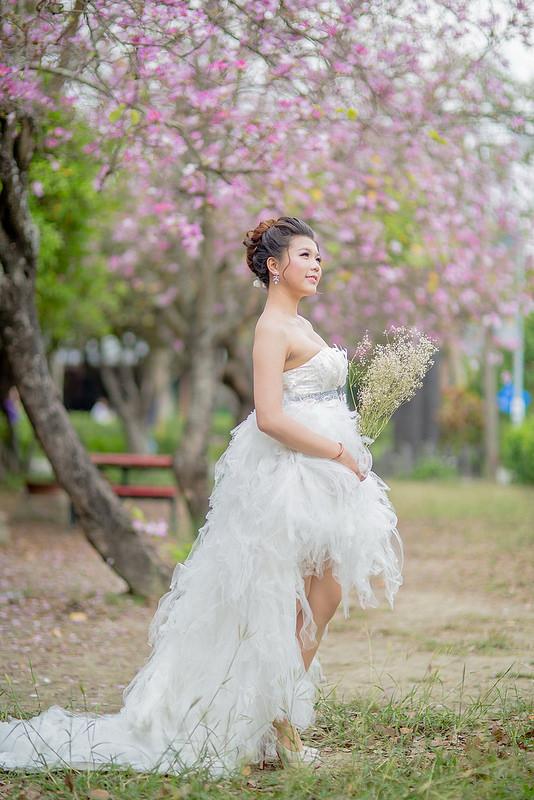 嘉義自助婚紗創作 | 白紗造型 日系花苞編髮 模特兒:張芳芳